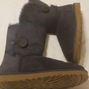 Uggs Women's Short Boots